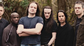 Threshold: il lyric video di <i>Watchtower On The Moon</i>
