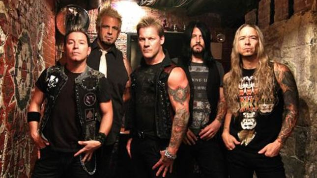 """FOZZY Launch Behind-The-Scenes Footage From """"Do You Wanna Start A War"""" Video"""