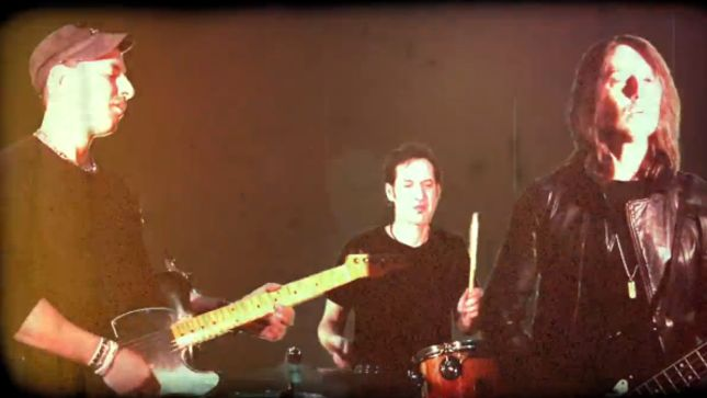 """Bassist Rob De Luca Discusses UFO's A Conspiracy Of Stars Album; Releases """"Sweep The Fire"""" Video From OF EARTH Project"""