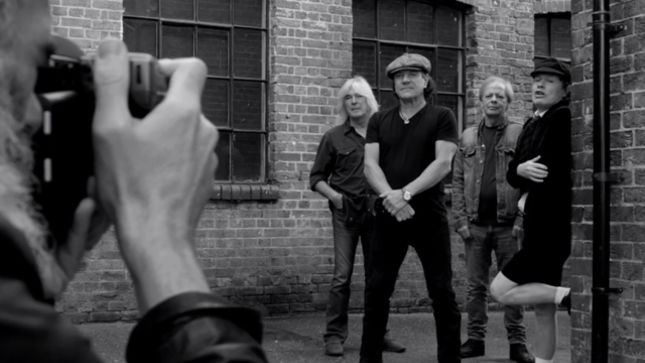 AC/DC Take You Behind-The-Scenes Of Official Photo Shoot; Video