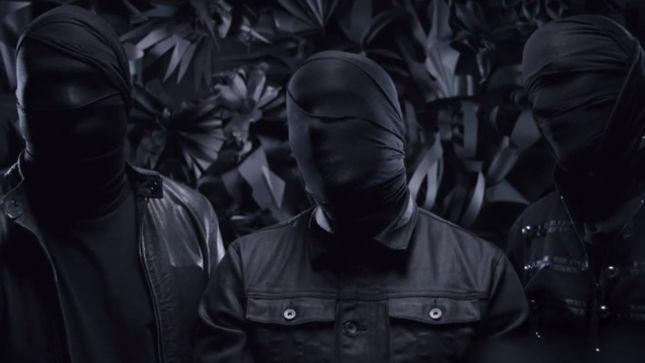 "APOCALYPTICA Premier ""Cold Blood"" Video"