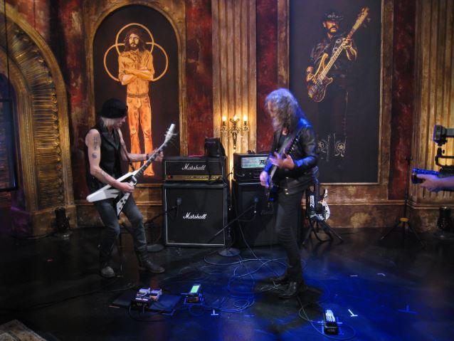 Preview Clip Of Kirk Hammett 39 S Jam With Michael Schenker