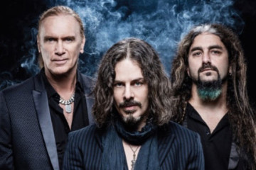 Winery Dogs Live Video