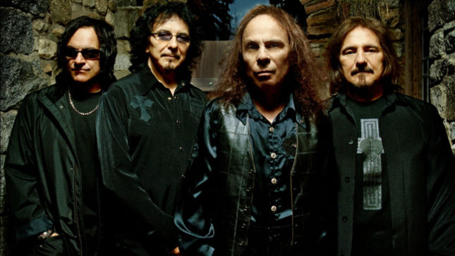 VINNY APPICE Recalls HEAVEN & HELL Tour Pranks With RONNIE JAMES DIO, TONY IOMMI; Video