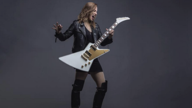 "HALESTORM Vocalist LZZY HALE Posts New Lady Evil Diary Entry - ""I Would Still Be Rocking Even If Nobody Cared About My Band Or Me"""
