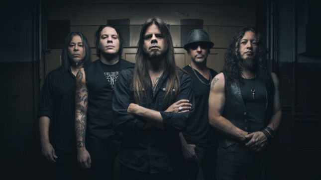 """QUEENSRŸCHE Vocalist TODD LA TORRE Talks New Touring Setlist - """"There's About Twelve Or Thirteen Songs That I've Never Done With The Band"""""""