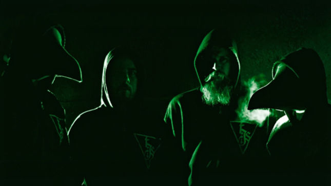 """THE INFERNAL SEA Sign To Cacophonous Records; """"Entombed In Darkness"""" Music Video Posted"""