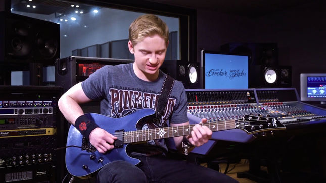 "UNCURED - ""Antivenom"" Guitar Playthrough Video Streaming"