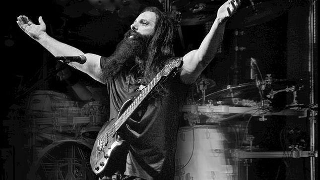 DREAM THEATER's JOHN PETRUCCI To Host First-Ever Guitar Camp Next Summer